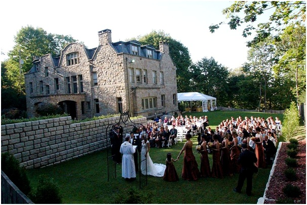10 More Unusual Wedding Venues to Consider in Hampshire